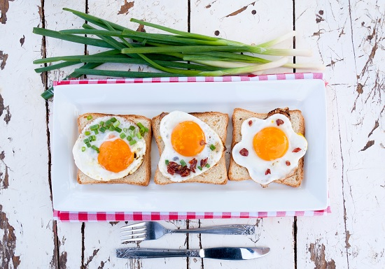 doručak jaja i luk